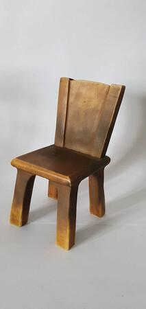 Stuhl2   Stuhl aus Hartmasse
