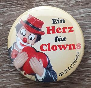 Button1   Ein Herz für Clowns
