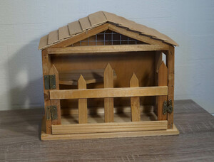 Stall   Holz für Gärtner