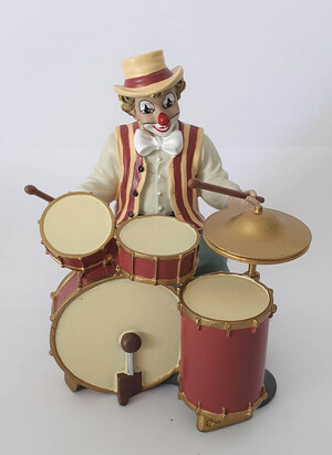 35095   Drummer   2006