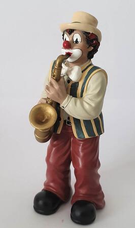 35119   Saxophonist   2008