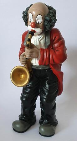 35417   Saxophonist   1994