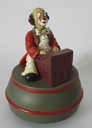 35672   Spieldose Pianist   1996