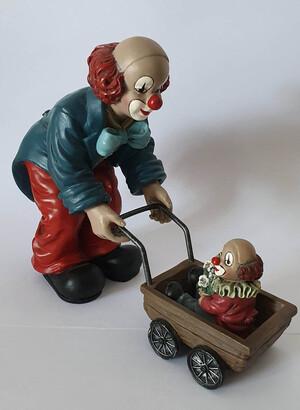 35453   Babysitter mit Kinderwagen   1994