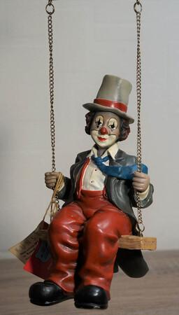 35652   Trapezkünstler, rot   1996