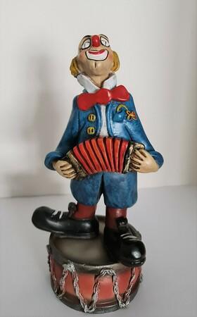 35112-1.A   Clown mit Zerwanst auf Trommel   1986