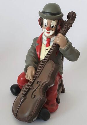 35760   Bassist   1998