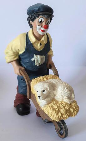 35944   Florian der Gärtner mit Hund, klein   2003