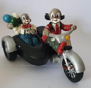 V 001   Motorrad mit Beiwagen