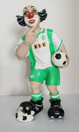 35644-1.B   Fußballer, grünes Trikot   1996